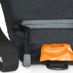 Walkybag Materialbild Rückseite - Gassitasche für Hundehalter - Kotbeutel entsorgen